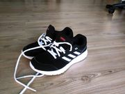 Adidas Sportschuh