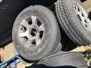 Reifen mit Alufelgen 235 75