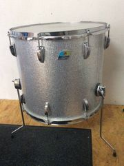 Ludwig Giant Sizes 26 Bass