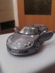 Porsche Carrera GT 1 18