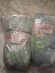 Wolle bunt weiß-hellgrün-hellblau von Gründl