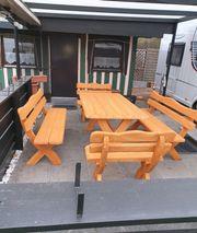 Gartenmöbel aus Holz preiswert