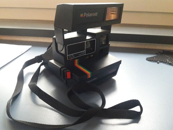 Polaroind Sofortbildkamera