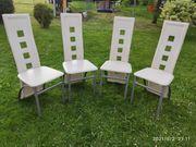 Vier Esszimmer Stühle