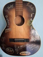 Hüttl Gitarre