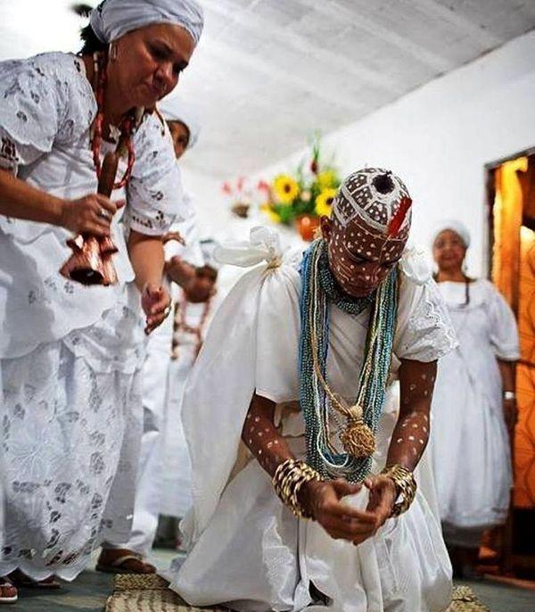 Traditioneller Heiler Liebeszauberwirker