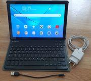 Tablet Huawei mit Bluetooth Tastatur