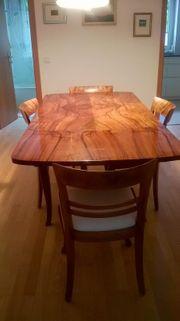 Kredenz Tisch 4 Stühle 2xSchrank