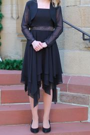 Kleid schwarz mit Bolero Für