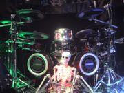 Schlagzeuger 50 sucht für Pop-Rock-Classic