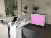 Suche selbstständige Kosmetikerin oder Nageldesignerin