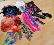 12 Teile Verkleidungsstücke- Hüte Perücke