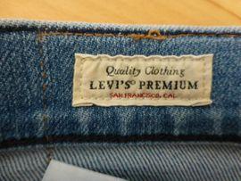 Levis Premium Jeans Neu Lot: Kleinanzeigen aus Karlsruhe - Rubrik Herrenbekleidung