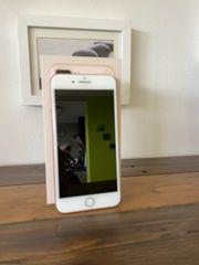 iPhone 8 Plus 8