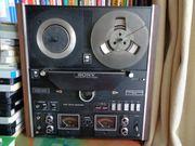 Verkauf eines vollelektronischen Sony-Tonbandgeräts