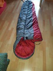 1 Schlafsack sehr warm
