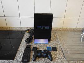 PlayStation 2 - PS2 inkl Fernbedienung und Logitech