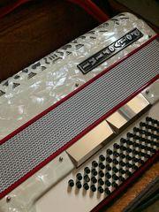 Polverini Akkordeon 72 Bass weiß