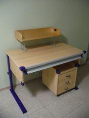 Schreibtisch höhenverstellbar mit Rollcontainer