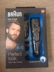 Bart- und Haarschneider Rasierer mit