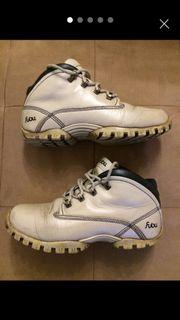 Fubu Schuhe