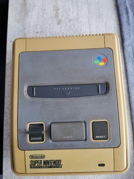 Nintendo, Gerät & Spiele - SNES