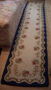 Teppich selbst geknüpft Bettumrandung 3