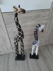 Holzfiguren Giraffe und Zebra