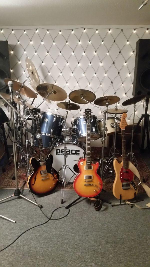 Rockende Mitspieler gesucht - » Bands, Musiker gesucht