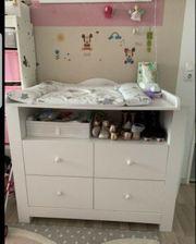 Kinderzimmer weiß