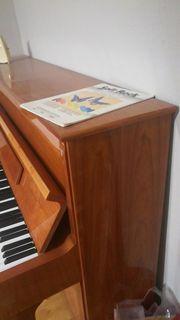Th Betting Klavier zu verkaufen