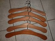 Garderobenbügel Holz massiv Metallhaken