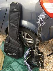 E-Gitarre mit Tasche schwarz