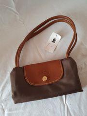 kleine Longchamp Tasche neu