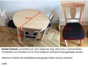 Runder ausziehbarer Tisch aus Holz