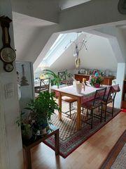 2-Zimmer-Dachgeschosswohnung Wohnung mit Einbauküche in