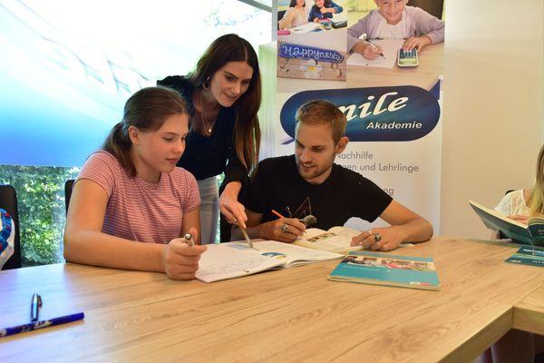 Nachhilfe Lerncoaching und Sprachkurse in