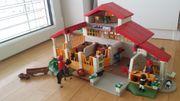 Playmobil Moderner Reiterhof