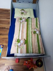Kleinkind Bett mit Matratze und