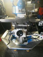 Fräsmaschine werkzeugfräsmaschine drehbank