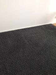 Verkaufe grauen Hochflor Teppich