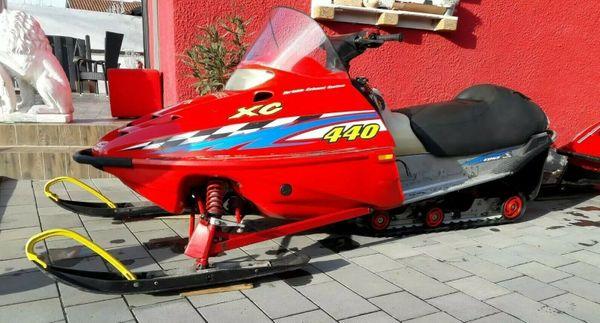 Snowmobil Motorschlitten Skidoo Polaris 440ccm
