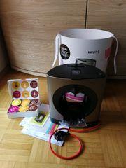 Eine Kaffeemaschine von Firma De