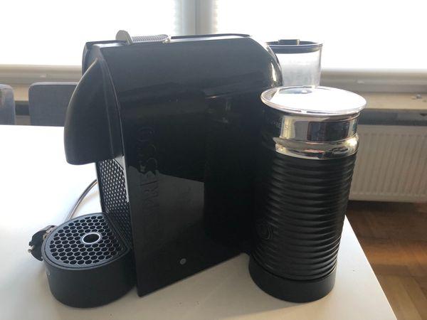 De Longhi Nespresso-Kaffeemaschine EN210.BAE mit Milchaufschäumer