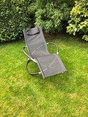 Zwei Gartenliegen Relaxliegen Designerliegen Gartenstühle