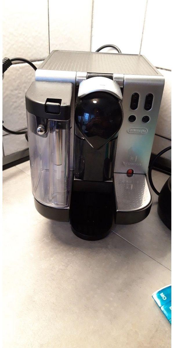DeLongie Nespresso Latissimo EN680 M