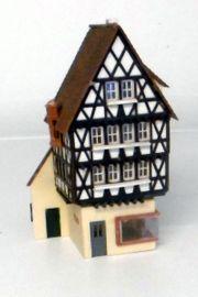 5 1 Stadtmodellhaus mit Geschäft