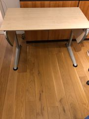 Schreibtisch von Moll - mitwachsend und