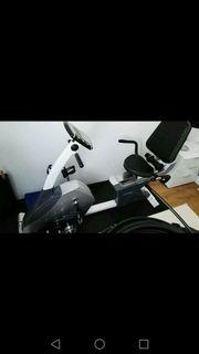 Heimtrainer Ergometer Fahrrad mit U-Matte