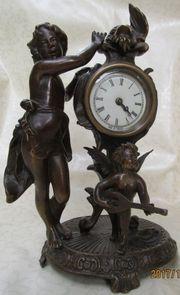 antike Bronzeuhr mit 2 Putti